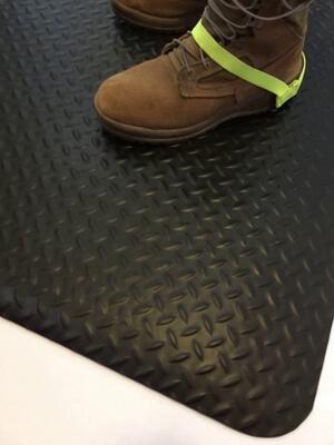 Esd Floor Mat For Employee Comfort S20 20 Dod 4145 Compliant